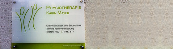 Praxisschild der Physiotherapie Karin Mayer
